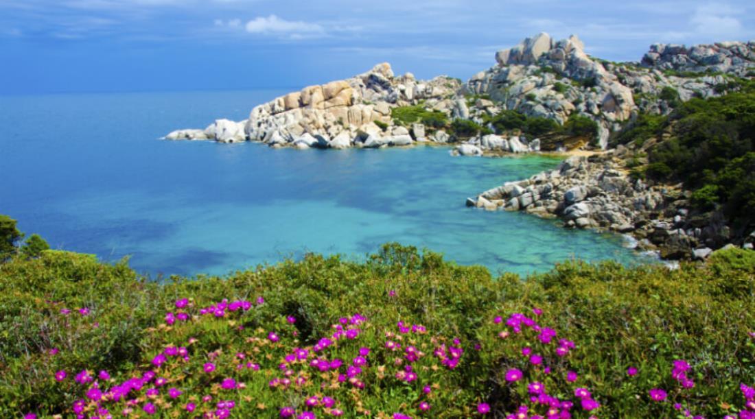Hotels und Urlaub in Sardinien