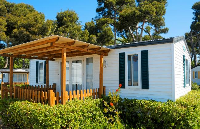Residence & Camping