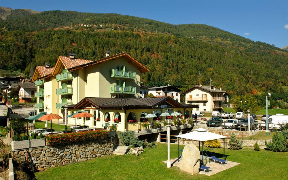Hotel Monclassico ***