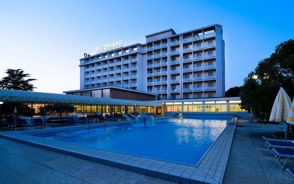 Hotel Antoniano ****