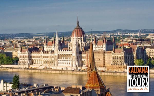 Budapest in Bus - Ungheria, Budapest. Offerta Dpiù Viaggi - Pullman