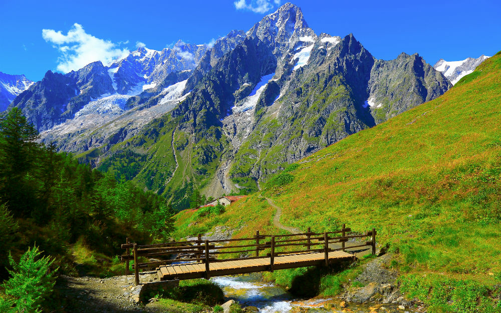 Val d'Ayas, per un soggiorno all'insegna del relax in Valle d'Aosta