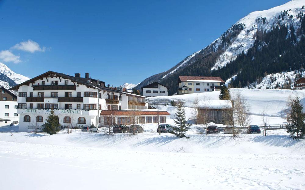 Hotel Büntali ****